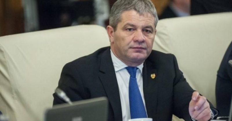 Solicităm ministrului să se implice în rezolvarea conflictului din Sănătate